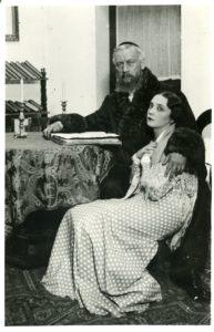 Szomory Dezső Péntek Este, Beregi Oszkár és Dobos Annie 1935. Fotó: Wellesz Ella
