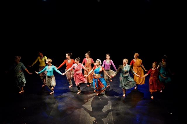 06.19. Tri Gatu - klasszikus és kortárs indiai táncműhely